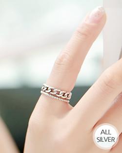中间是戒指(rg009)